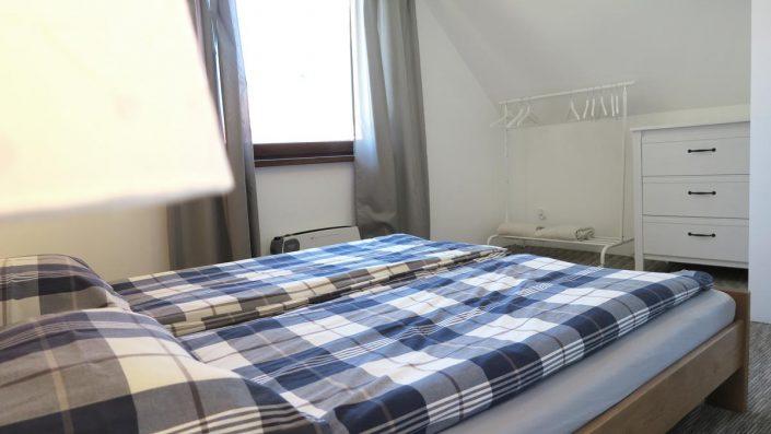 Pokoje nad Jeziorem Mazury | Apartament nr 6 pokój z łożem małżeńskim. Dom nad Zatoką