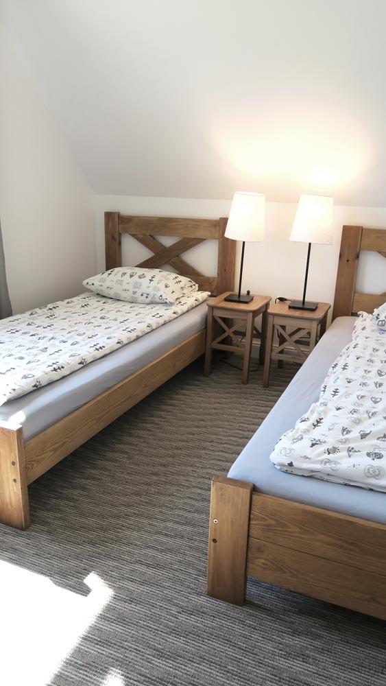 Pokoje nad Jeziorem Mazury | Apartament nr 6 pokój z dwoma łóżkami. Dom nad Zatoką