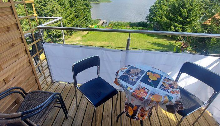 Pokoje nad Jeziorem Mazury | Studio nr 3 balkon. Dom nad Zatoką